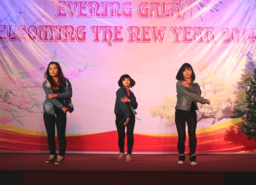 Modern dance of the PPA's students