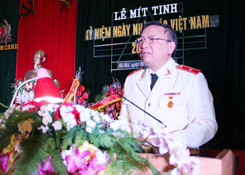 Major General, Prof.Dr. Nguyen Huy Thuat, Vice President of the PPA gave the opening speech at the Ceremony.