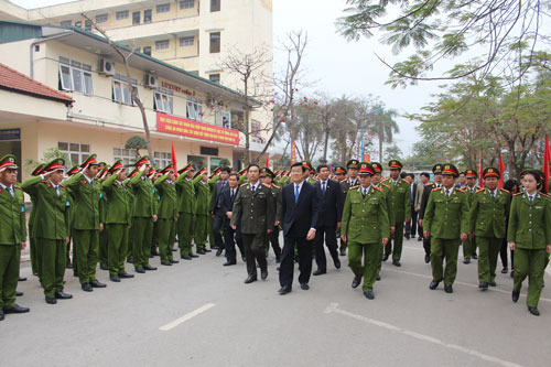 President Truong Tan Sang visited the officers, lecturers, employees and students of the PPA