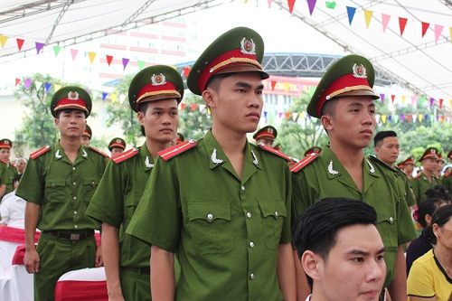 The students of the course D37 appointed the rank of Second lieutenant after graduating from the PPA