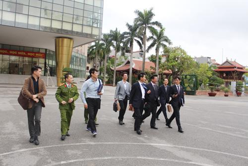 Đoàn đại biểu Viện Đào tạo Cảnh sát Hàn Quốc  tham quan khuôn viên Học viện CSND