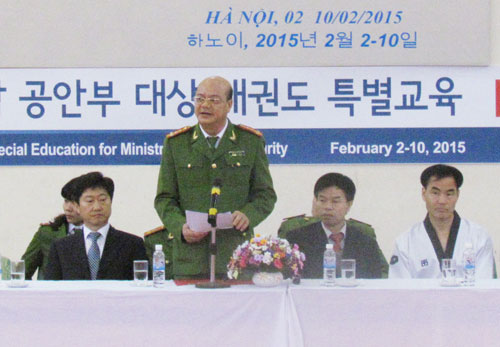 Khai mạc khóa huấn luyện võ thuật Teakwondo do chuyên gia Hàn Quốc giảng dạy tại Học viện CSND