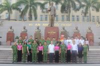 The PPA signed a memorandum of cooperation with Hong Ha Stationery Joint Stock Company and exchanged with Dien Bien Phu Victory Museum