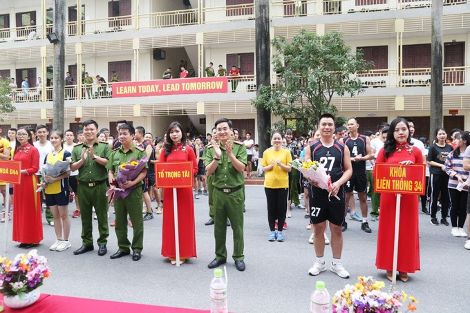 Student's Culture and Sport Month to celebrate the Vietnamese Teachers' Day