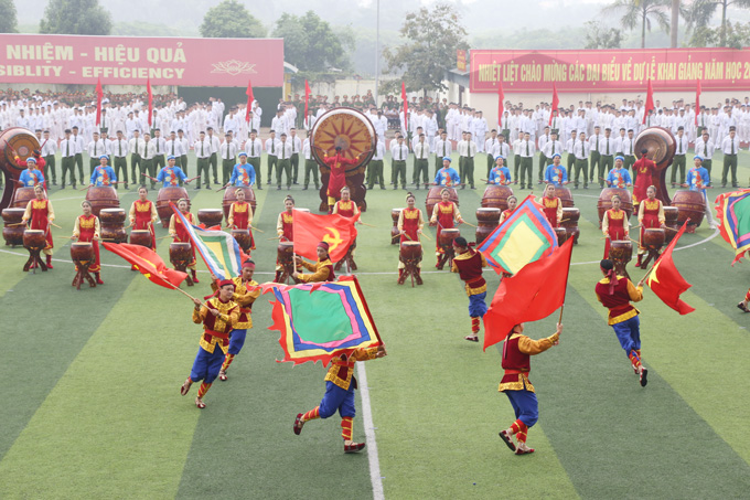 The drum performance to welcome new school year implemented by PPA and Vietnam National Theater